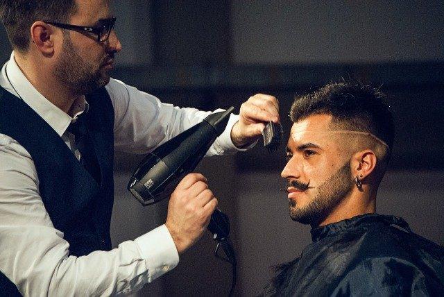 آموزش آرایشگری مردانه درجه