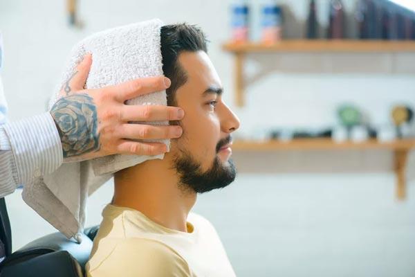 خشک کردن مو با حوله صحیح