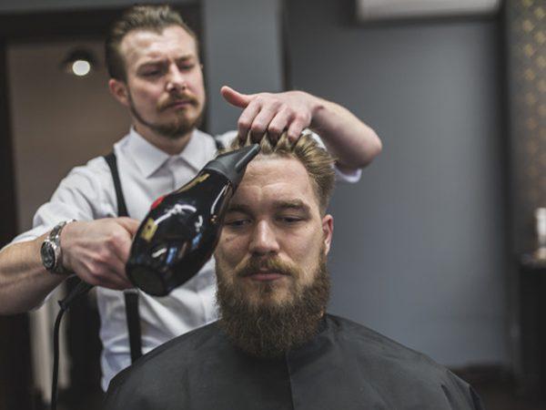 آموزش سشوار کشیدن مو مردانه